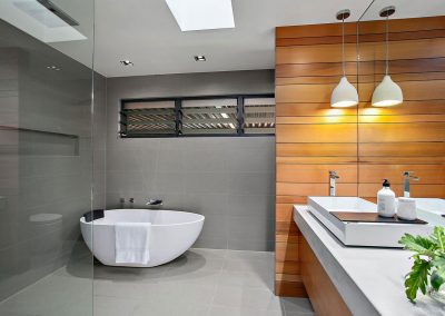Beautiful Modern Bathroom - Home Renovations Illawarra - Builders Illawarra