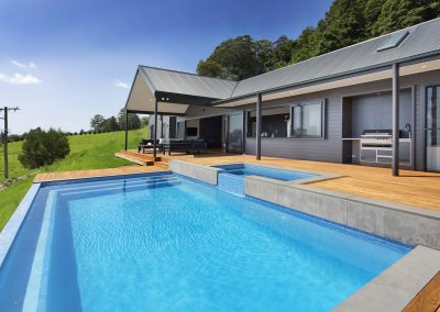 Modern Stylish Home With Swimming Pool - Builders Illawarra