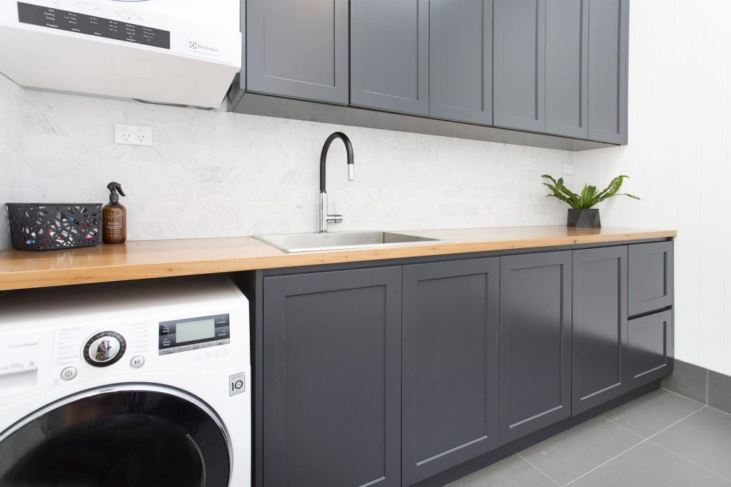 Stunningly Modern Laundry – Charcoal Grey & Natural Timber – New Home Builders Illawarra – Builders Illawarra