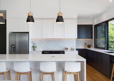 Modern Kitchen With Breakfast Bar - New Home Builders Illawarra - Builders Illawarra