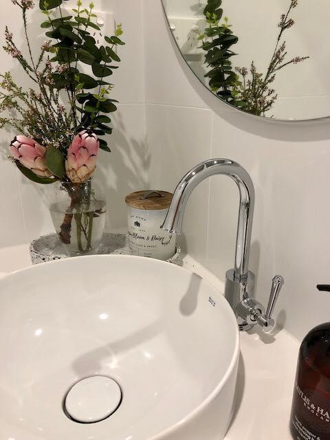 Modern Round Bathroom Sink – Builders Illawarra