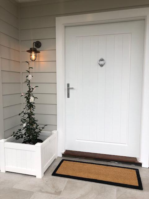 Luxuriously Wide New Modern Door – Builders Illawarra